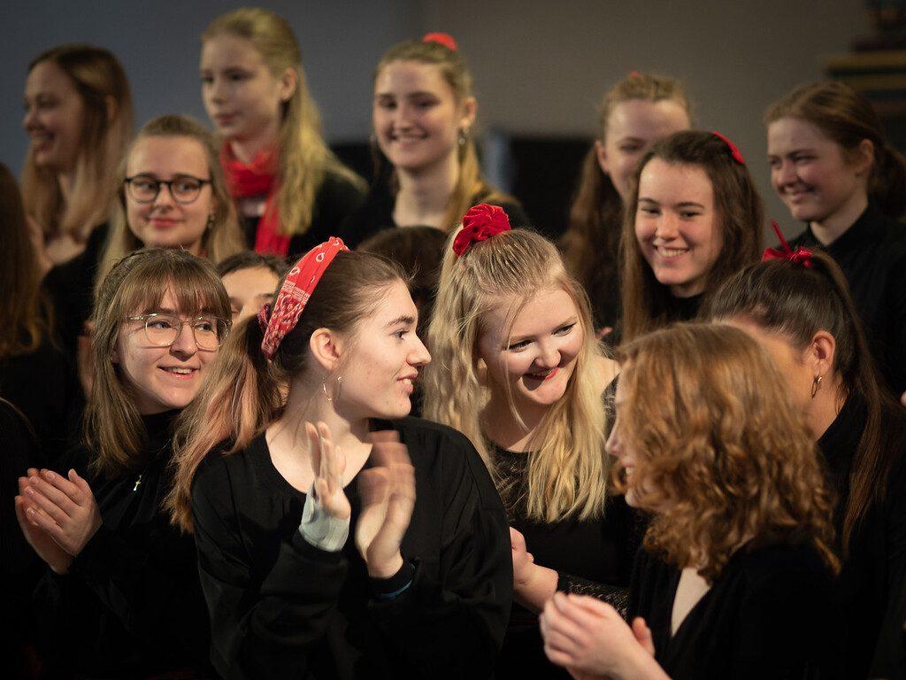 bilde viser elever på toneheim folkehøgskole.